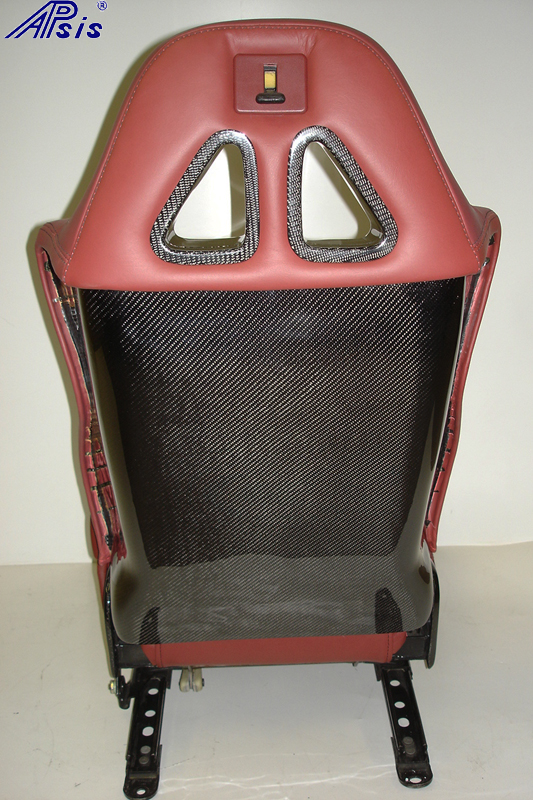 C5 SuperDeluxe Seat w-CF-back panel-1-straight view