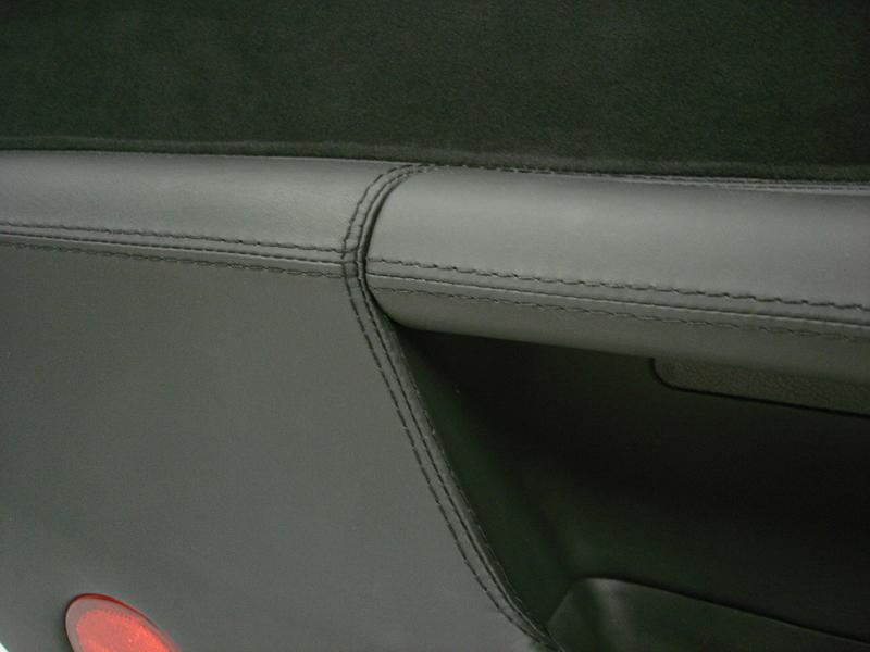 C6 Door Panel-nappa-alcantara-DF-close shot-6 - 800