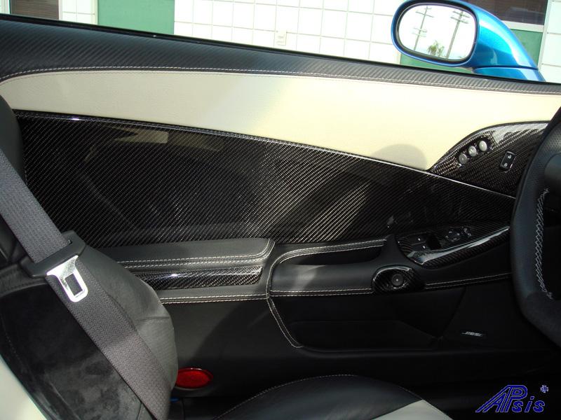 C6 Door Panel w-carbon + linen leather-installed-4