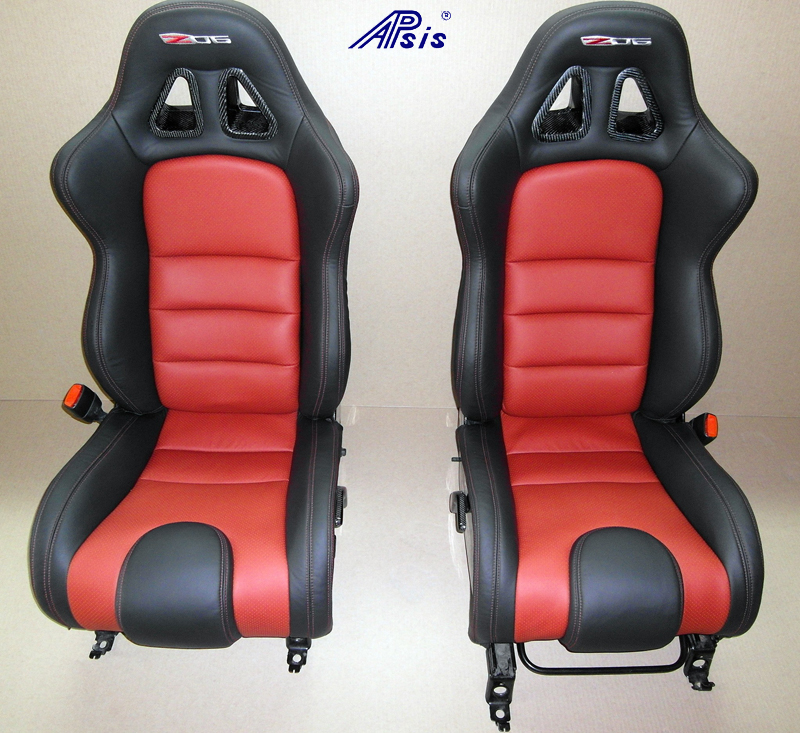 C6 SuperDeluxe Seat w-carbon panel-eb+vr-pair-2-straight view from jean