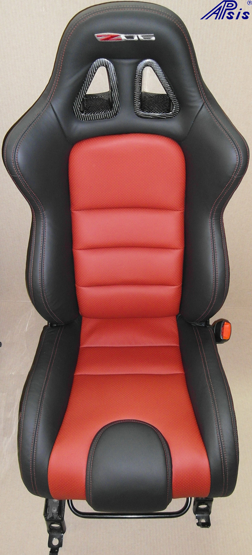 C6 SuperDeluxe Seat w-carbon panel-eb+vr-single-1-straight view from jean