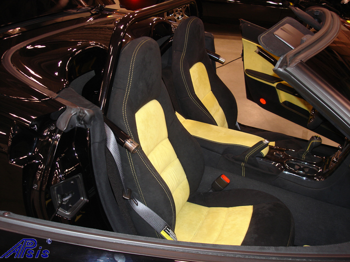 C6 Whole Interior-all alcantara w-yellow stitching-lou-13-show seat
