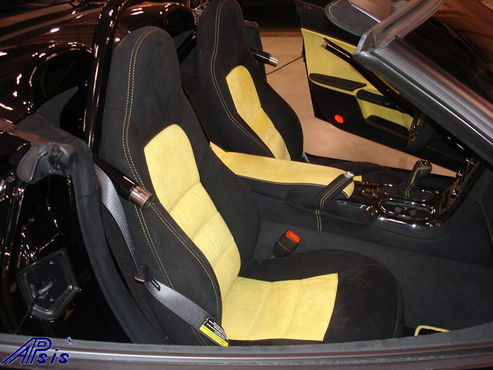 C6 Whole Interior-all alcantara w-yellow stitching-lou-14-show seat