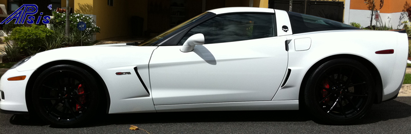 C6 ZR1 Style Spoiler-painted black installed on white z06-5