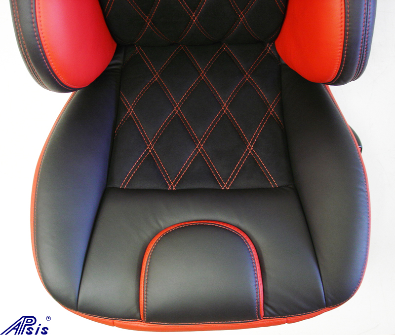 C5 UltraDeluxe Seat-EB+TR-close shot-4