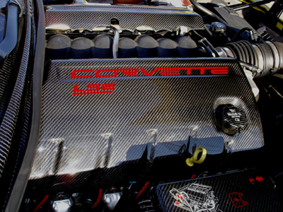 C6 Black CF-Engine Cover-pass side-400