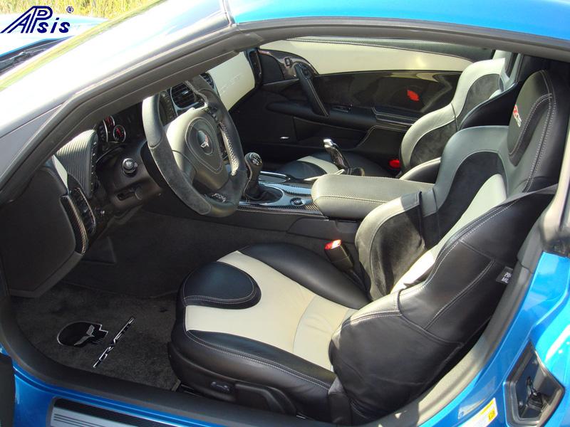 C6 Door Panel w-carbon + linen leather-installed-5