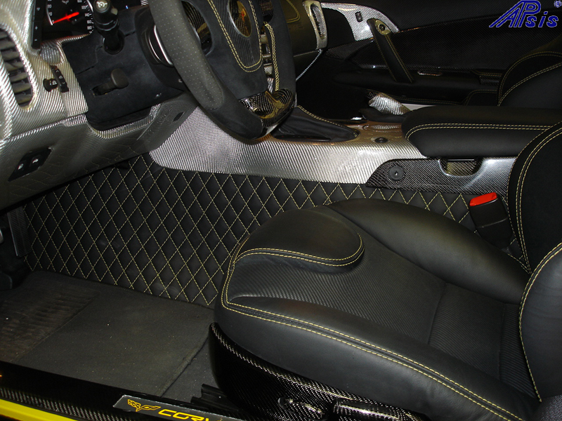 C6 Floor Tunnel Panel-ebony w-vy stitching w-seat-installed-driver-3