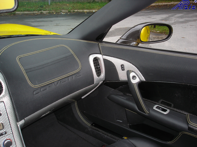 C6 Main Dash-show where door panel meet main dash-pass side-1