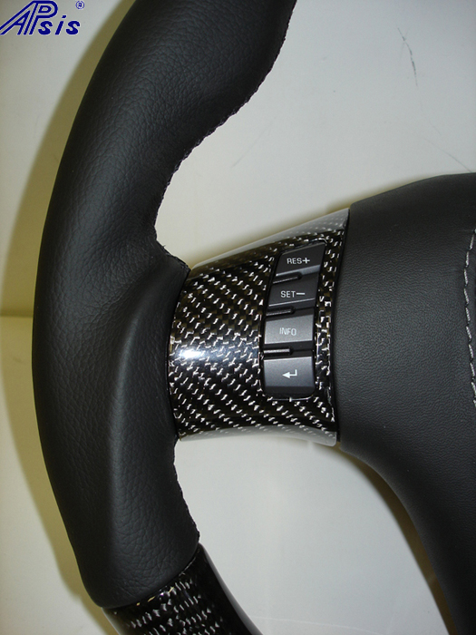 C6 UltraDeluxe SW w-carbon + black leather-close shot showing grip-left-1