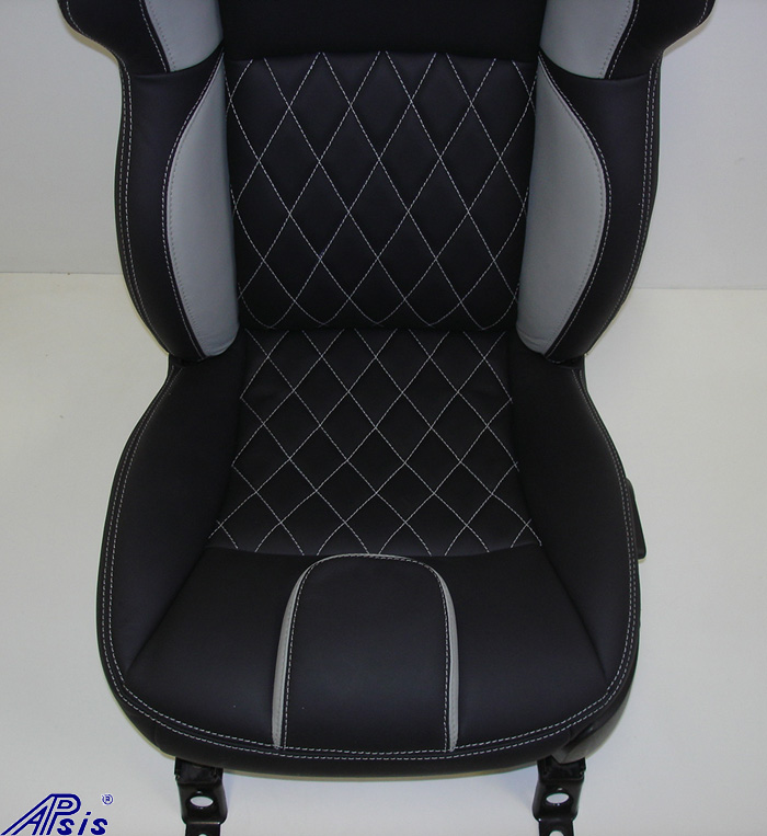 C6 UltraDeluxe Seat-EB+TI w-diamond stitching-lower only-straight view-1a