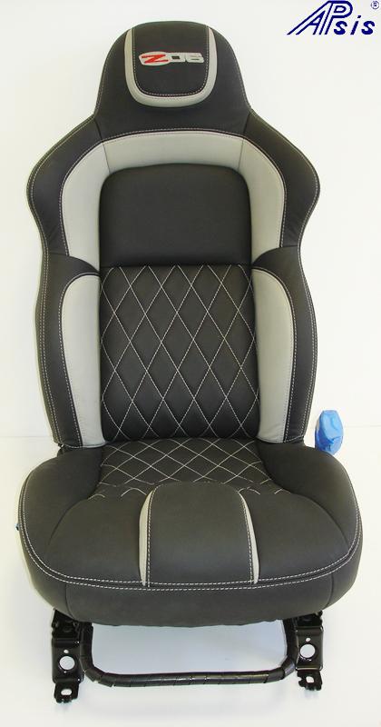 C6 UltraDeluxe Seat-EB+TI w-diamond stitching-pass seat-1