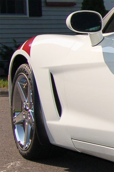 C6  Z06 Style Splash Guard 05-UP - Long Version on White C6 - 2