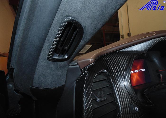 C7 A-Pillar Air Vent-matt-installed-driver-2