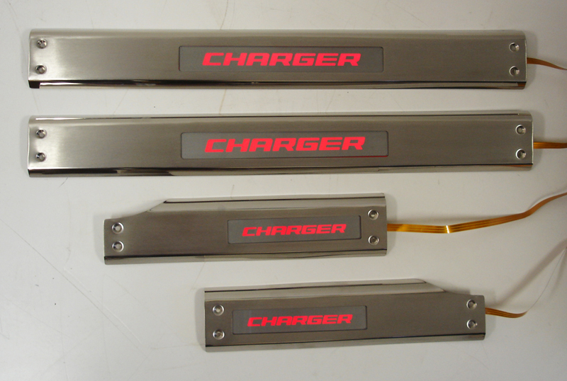 Charger w-charger screen-red light-1