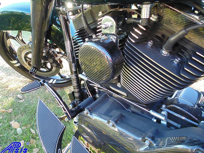 Chris bike taken at daytona-primary+round horn cover-2