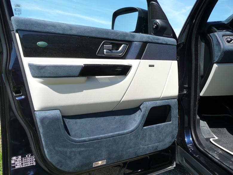 SPORT-Black Lined Oak-installed-DF Door Panel-reto-1