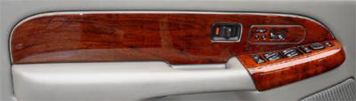 Suburban 03-06 Burlwood DF Door Panel -400p