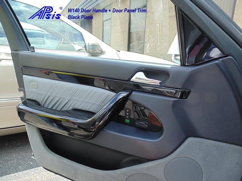 W140 Black Piano-Door Handle-DF-installed-2