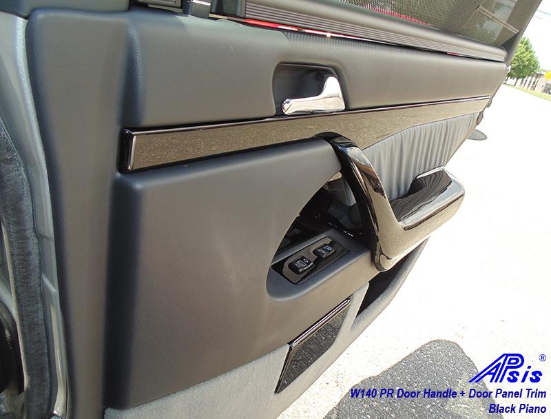 W140 Black Piano-Door Handle-PR-installed-2