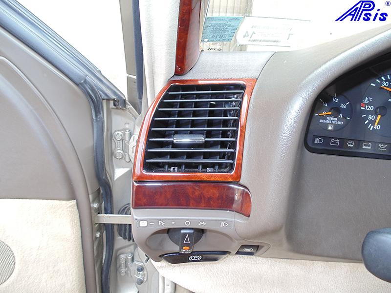 W140 Driver Air Vent-burlwood-installed-1