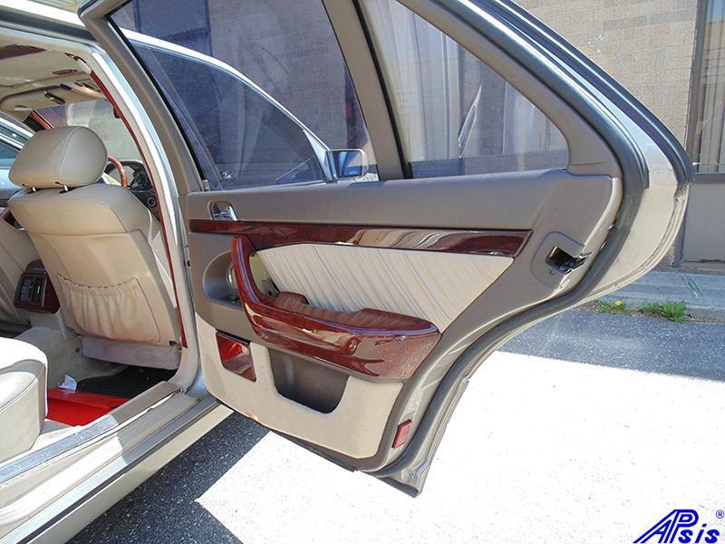 W140 PR Door Handle-burlwood-installed-1a