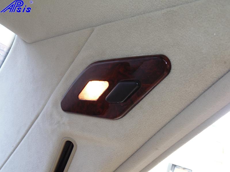 W140 Rear Light Lense-burlwood-installed-1 800