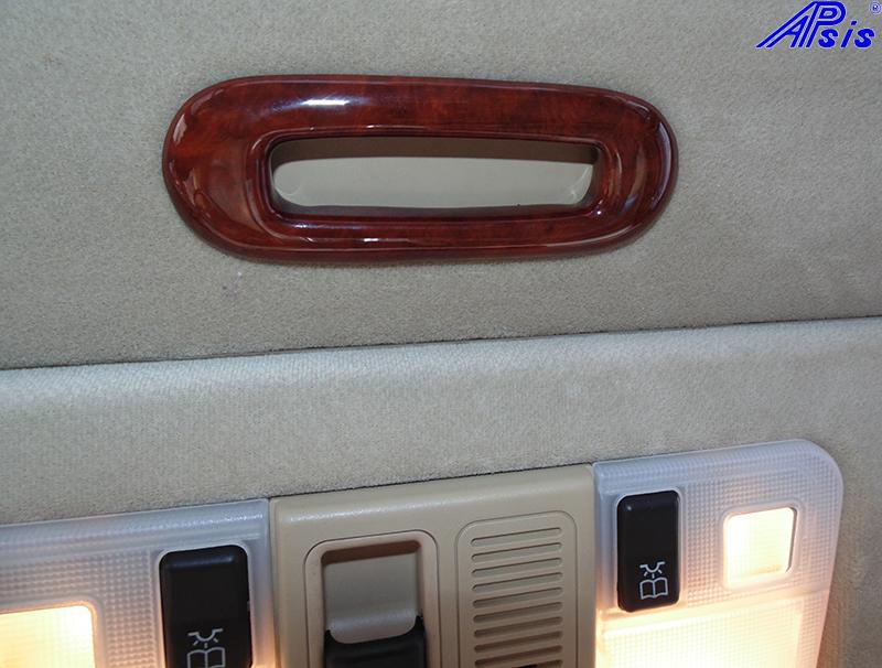 W140 Sunroof Handle-burlwood-installed-1 800