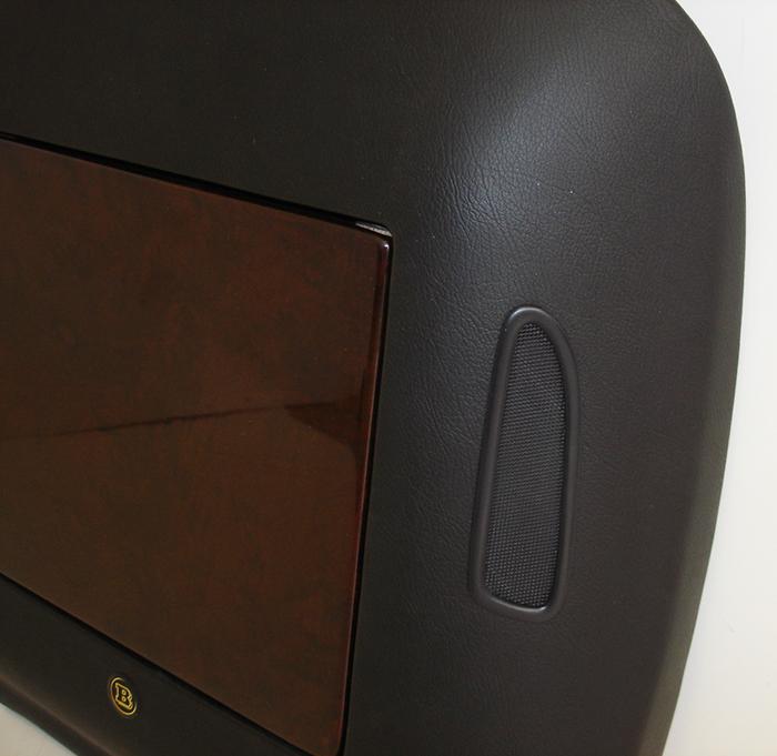 W221 Work Table w-vent-invidual-10-close shot