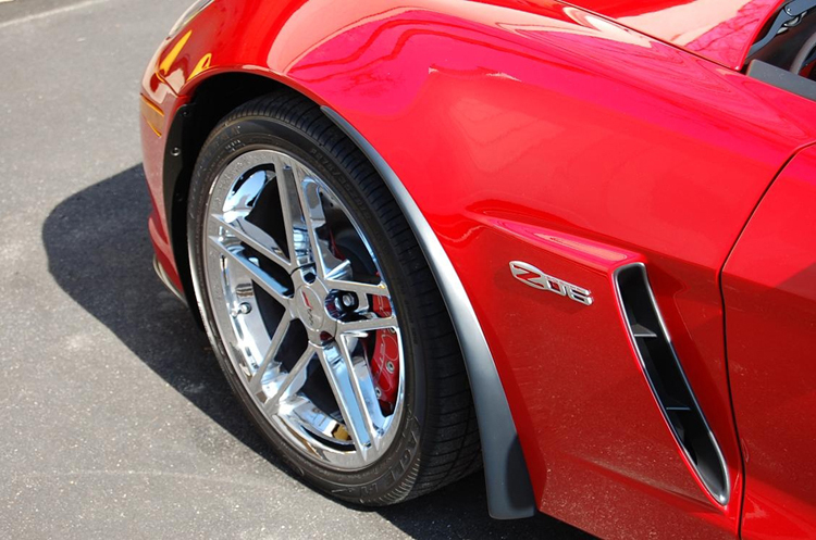Z06 Front Splash Guard on victory red from philip defranco-2-750x563