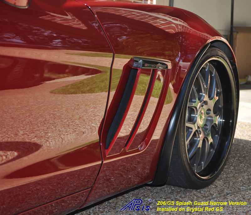 Z06 Narrow Splash Guard installed on crystal red-from bob hola-2 crop